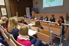 Panelová diskuse jednotlivých členů týmů zajišťujících stabilitu dítěte (workshop)