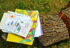 """""""Moje Radosti"""" aneb vernisáž výtvarných prací našich pěstounských dětí"""